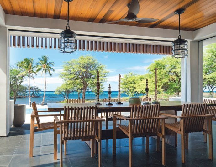 An outdoor dining room in Puako Bay, Hawaii PHOTO COURTESY OF MIKE STAKE STUDIO